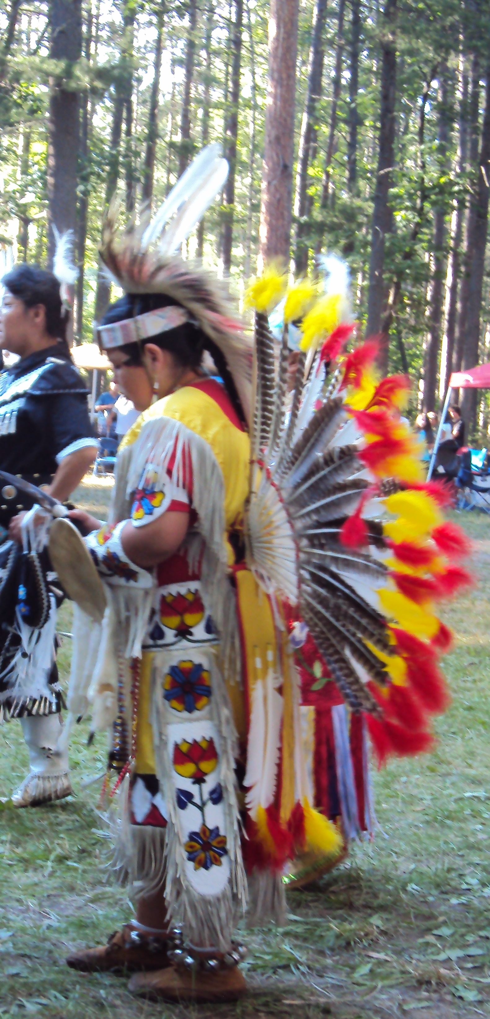 how to make a pow wow drum