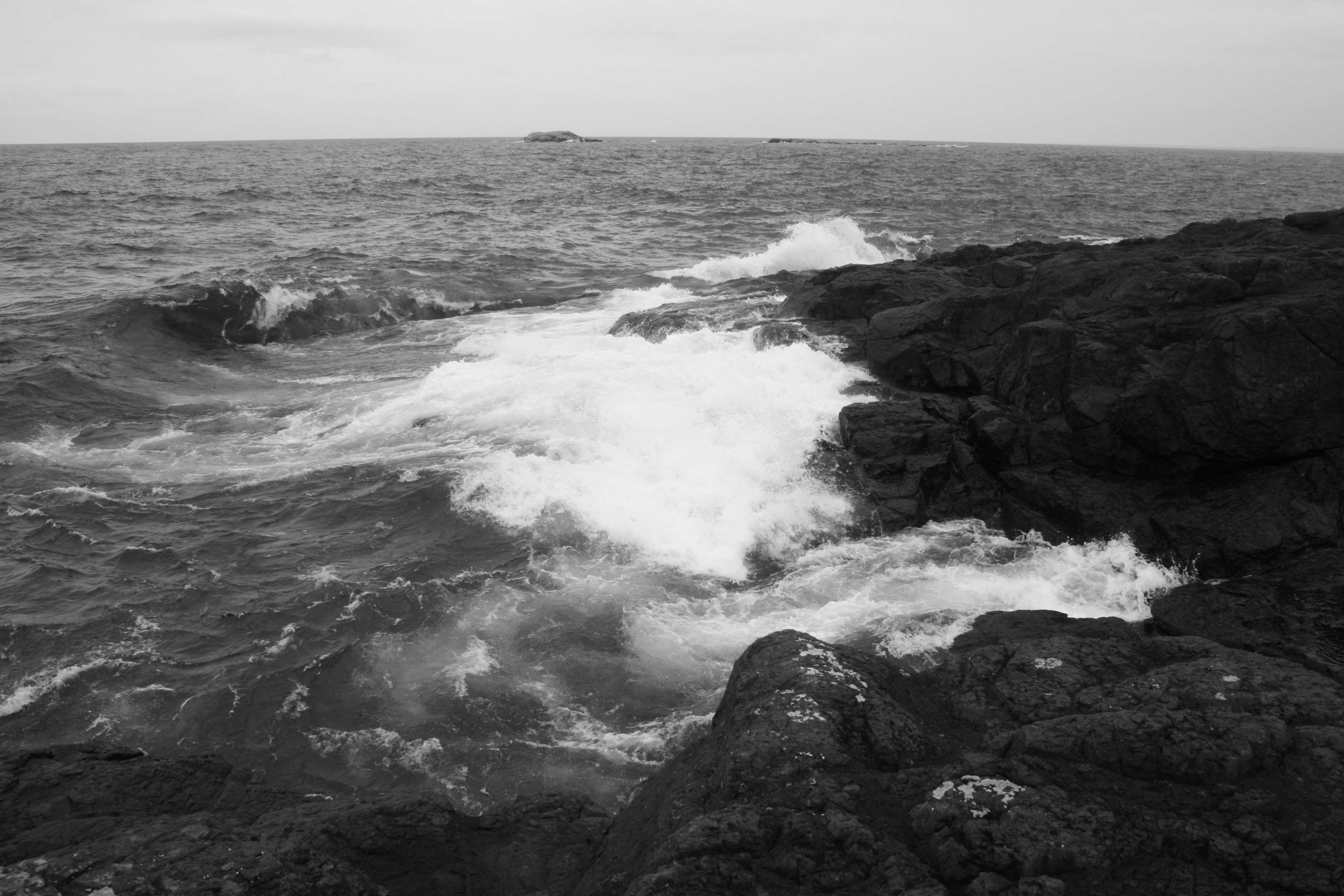 Black stone, white sea | Lake Superior Spirit