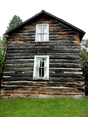 Side view of the Hanka Homestead.